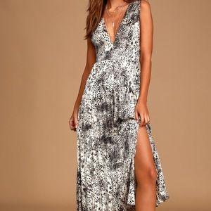 NWT Lulu's x Lush Midi Dress